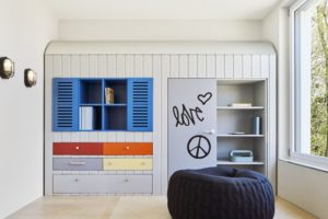"""Mit einem """"Healing Architecture""""-Konzept wird in der neuen Kinder- und Jugendpsychiatrie in Nordhorn aktiv der Genesungsprozess der Patienten gefördert. Bild: bkp GmbH, Fotocredit: Annika Feuss"""