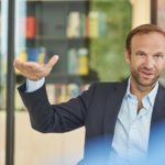 Architekt Caspar Schmitz-Morkramer untersuchte schon vor der Krise mit der büroeigenen Studie retail in transition neue Chancen für die Innenstädte. Bild: AKIM photography