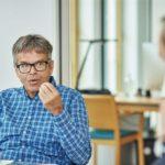 Klaus Burmeister: 1997 gründete er Z_punkt The Foresight Company, die heute zu den führenden Unternehmen für strategische Zukunftsberatung und Corporate Foresight zählt. 2014 rief er das foresightlab ins Leben. Bild: AKIM photography