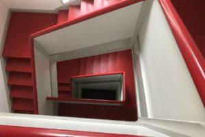 Treppenhaus im Rektorenwohnhaus von Otto Haesler