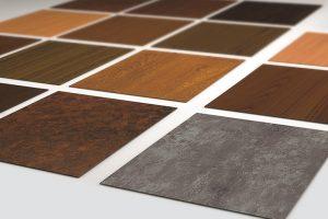 Die verschiedenen Designs des Beschichtungsverfahrens heroal SD bieten edle Holz- und Betonoptiken. Nahezu alle Wunschdesigns können realisiert werden | Foto: heroal