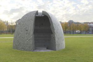 Skulptur von Christian Jankowski im Skulpturen-Projekt tinyBE in Frankfurt