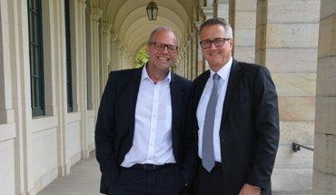 Rüdiger Lugert (Vorsitzender FV WDVS) und Christoph Dorn (Vorsitzender IWM) freuen sich über die gelungene Fusion beider Verbände (v.l.n.r.); Bild: VDPM