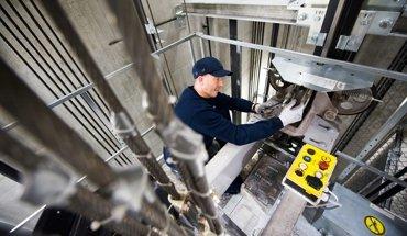 Die neue Aufzugnorm DIN EN 81-20/50 verspricht mehr Sicherheit für Fahrgäste. Foto: Kone